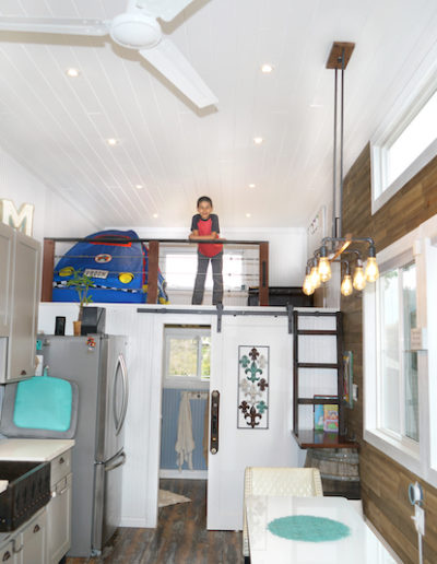 Big Tiny House loft Kid